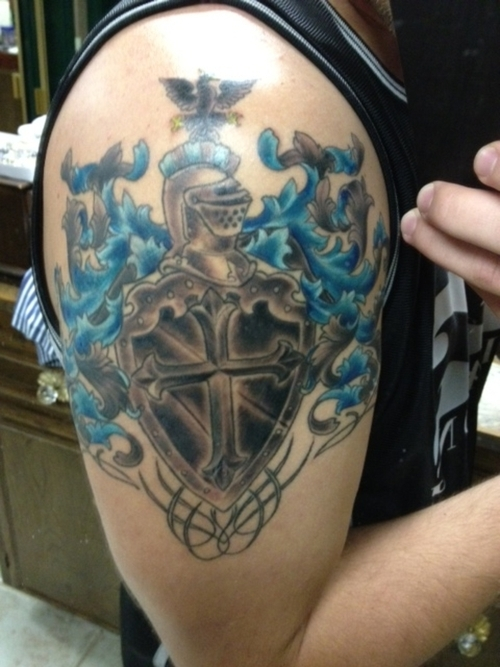 100 39 s of family crest tattoo design ideas pictures gallery