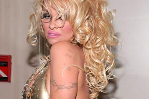 Pamela Anderson Tattoos (7)