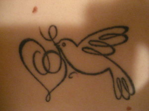 bird with heart tattoo 302681 300x225 - bird-with-heart-tattoo-30268